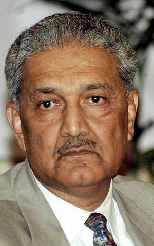 Renegade Pakistani nuclear scientist Abdul Qadeer Khan (photo credit: AP)