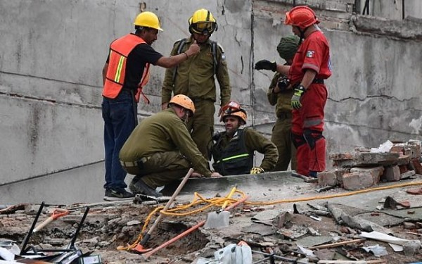 Israeli rescue team applauded in the streets of Mexico ...