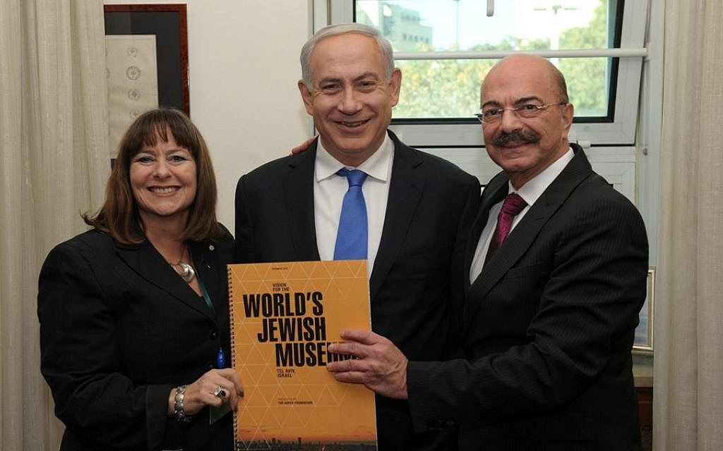Gail Asper with Prime Minister Benjamin Netanyahu and Moe Levy, executive director of the Asper Foundation in Winnipeg. (Courtesy)