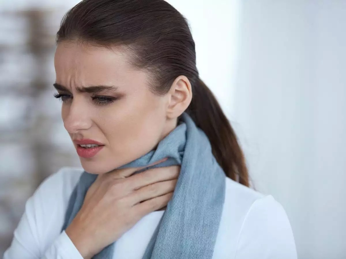 Coronavirus symptoms in voice: Hoarse voice and 4 other changes that can happen to your voice when you get COVID-19
