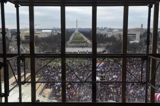 US Capitol news: Donald Trump supporters storm US Capitol, disrupting electoral count: Highlights | India News 2