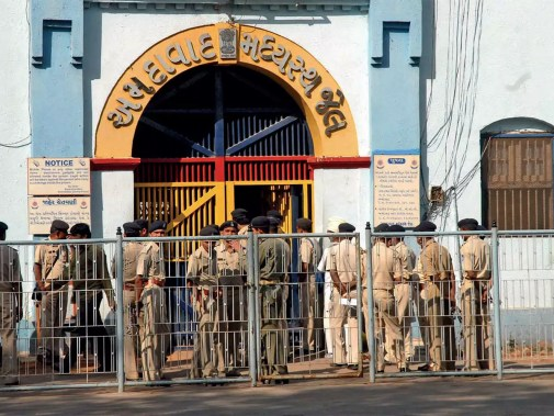 Sabarmati Central Jail: Pak prisoners' security upped at Sabarmati ...
