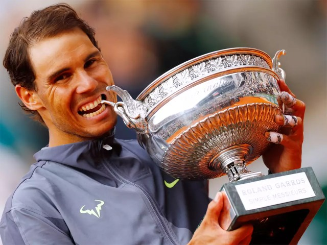 Rafael Nadal sweeps to 12th French Open and 18th Grand Slam title | Tennis  News - Times of India