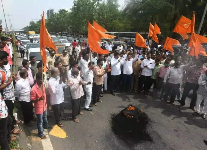Shiv Sena protesters burn tyres, block Eastern Express highway at Vikhroli