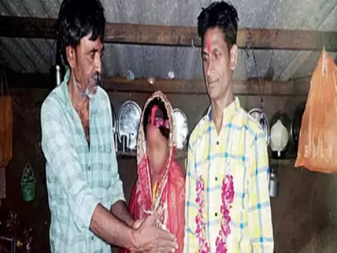 Image result for 10-year-old girl sold for Rs 50 thousand in Gujarat, gets married to a man her father's age