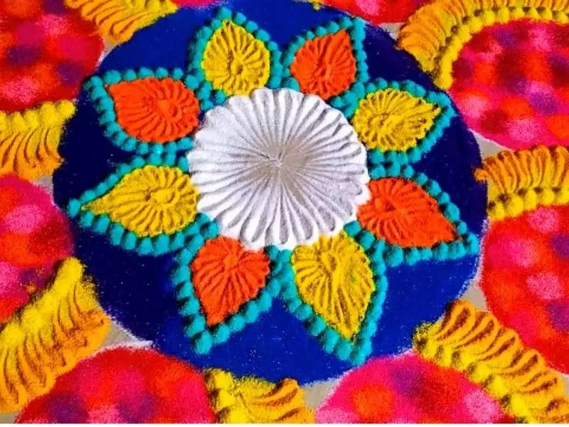 Diwali 2019 Rangoli Designs 10 Unique Rangoli Designs Made Of Rice Flour Times Of India