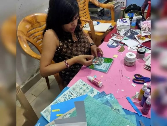Want to learn art? These classes have moved online - Times of India