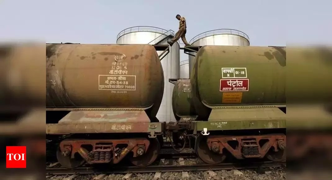 June oil imports lowest in nearly nine years; none from Venezuela – Times of India
