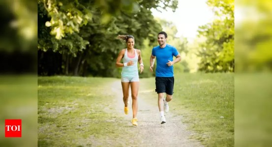Attention walkers slowly!  Your walking habits can increase your chances of getting sick later