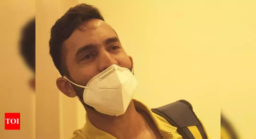 ipl 2021:  IPL 2021: Kolkata Knight Riders begin quarantine ahead of training camp   Cricket News – Times of India