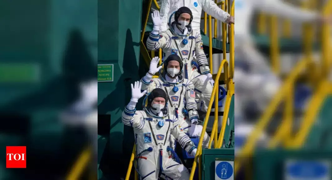 US-Russian trio blast off on mission to space station – Times of India
