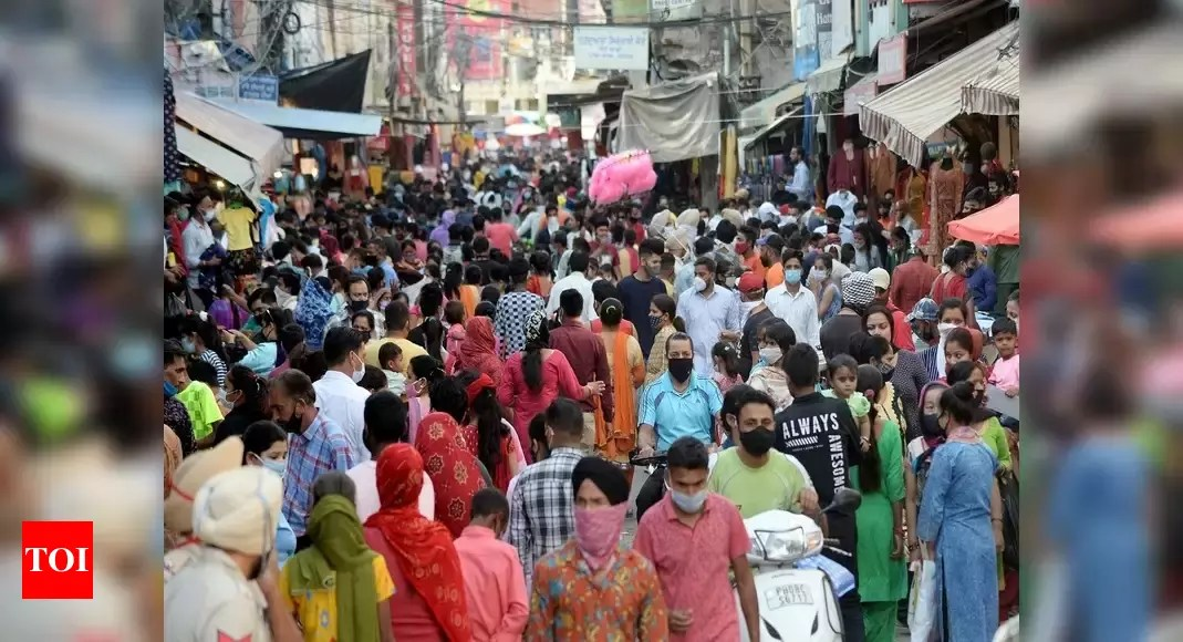 India Covid cases forecast: India's Covid-19 peak likely between May 11-15 with 33-35 lakh active cases: Experts | India News – Times of India