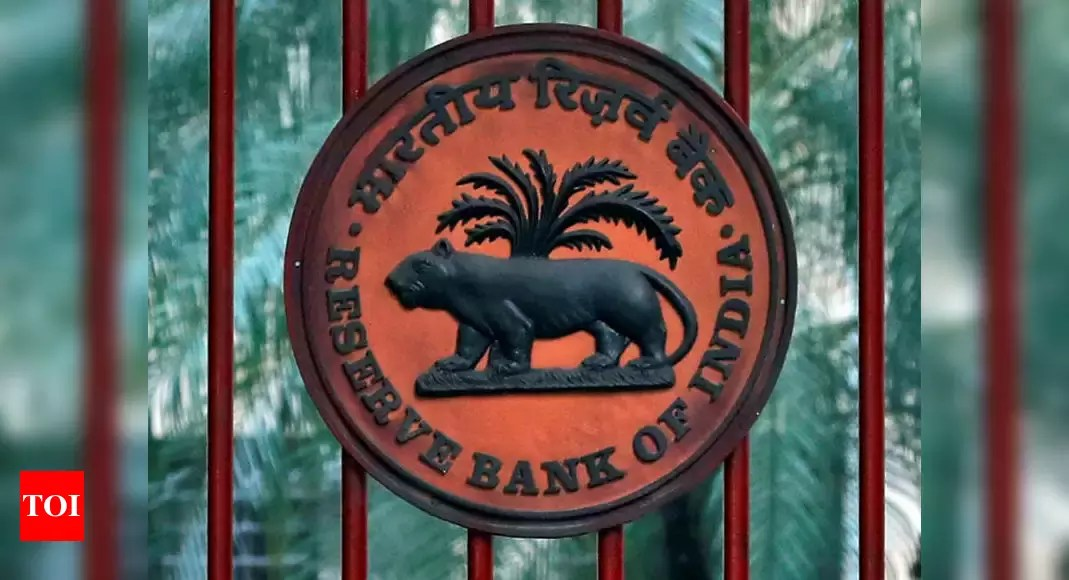 RBI restricts American Express, Diners Club from adding new customers – Times of India