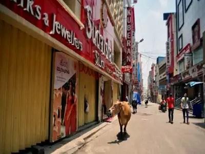 Karnataka Lockdown News: Karnataka cabinet likely to decide on lockdown like curbs on all days of the week on Monday | Bengaluru News – Times of India