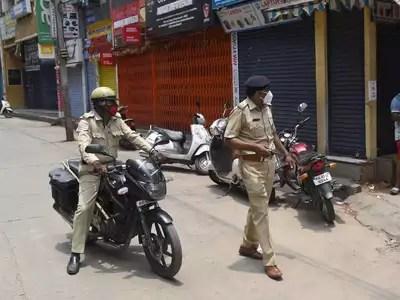Bangalore lockdown news: Indian tech hub Bangalore to enter lockdown as Covid infections surge | Bengaluru News – Times of India