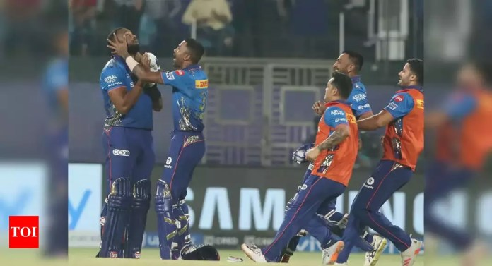 MI vs CSK 2021: Kieron Pollard blitzkrieg hands Mumbai Indians four-wicket win over Chennai Super Kings | Cricket News - Times of India | Latest News Live | Find the all top headlines, breaking news for free online May 2, 2021