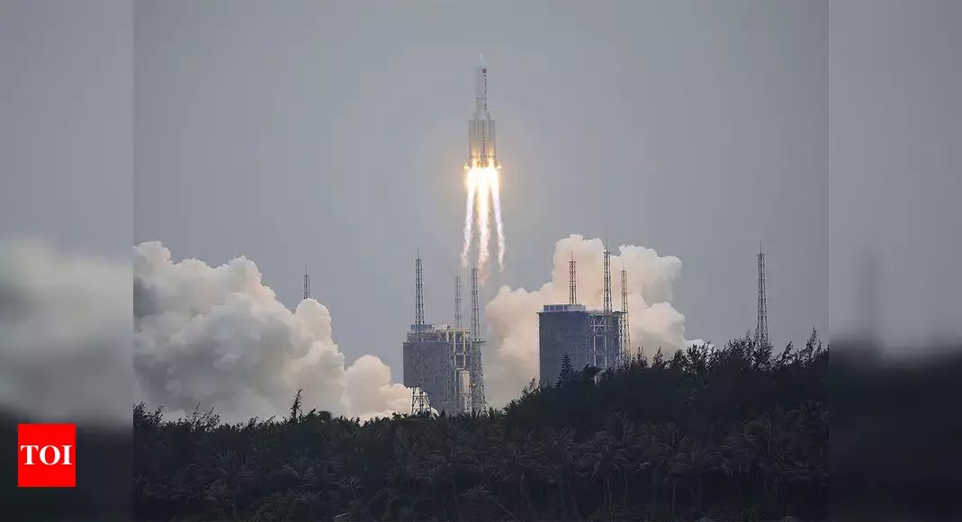 China rocket news: US tracking out-of-control Chinese rocket set to re-enter Earth's atmosphere   World News – Times of India