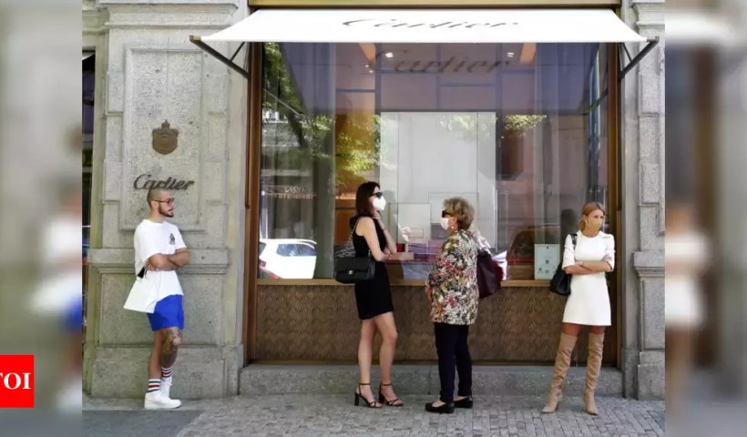 Czechs rejoice as stores reopen; honor Covid-19 victims – Times of India