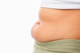 Acumulación de grasa localizada en la barriga