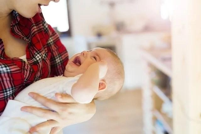 10 فوائد الرضاعة الطبيعية
