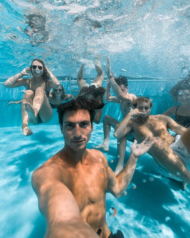 As selfies mais bem tiradas que você vai ver hoje