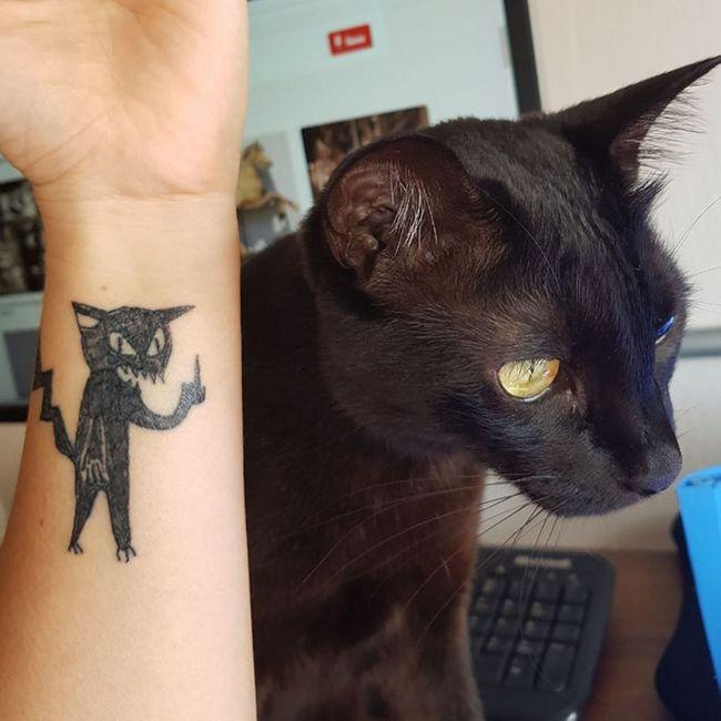 """A nova moda das tatuagens """"malfeitonas"""", você teria coragem?"""