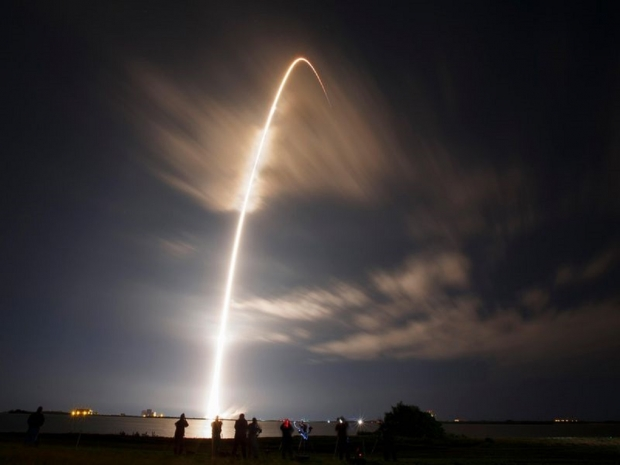 China's rocket is crashing back down to Earth, but where will it land? 04   TweakTown.com