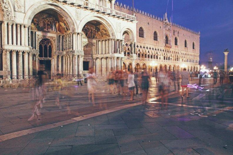 via Shutterstock.com von Ana del Castillo