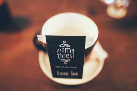 mama thresl's love tea