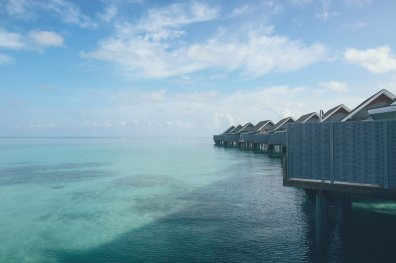 Kuramathi Island Resort Waterbungalow