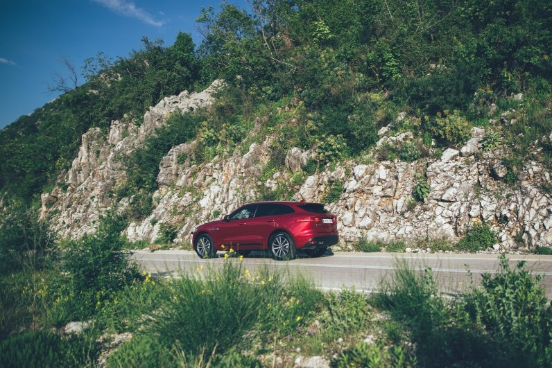 Jaguar F-Pace Montenegro