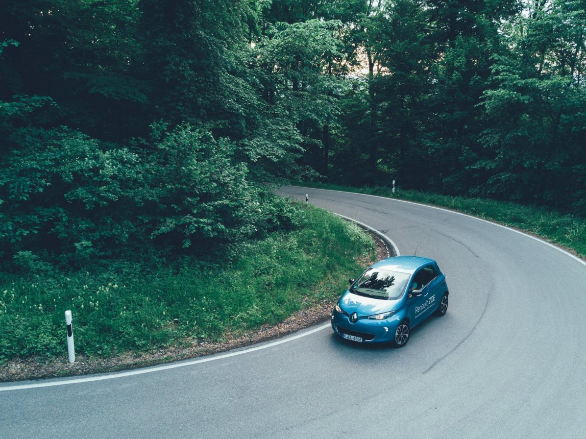 Renault ZOE mit Kurven