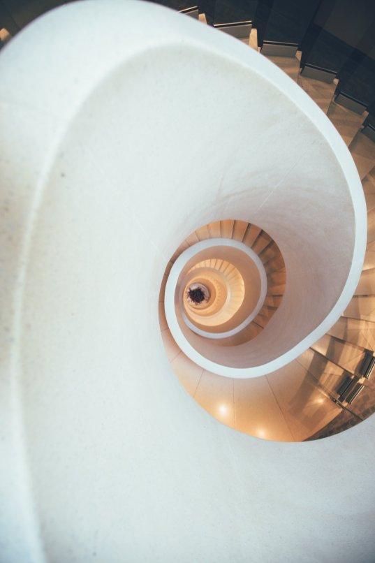 Designhighlight Treppe im Hotel Atlantis by Giardino in Zürich