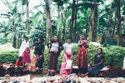 Händlerinnen im Bwindi Nationalpark