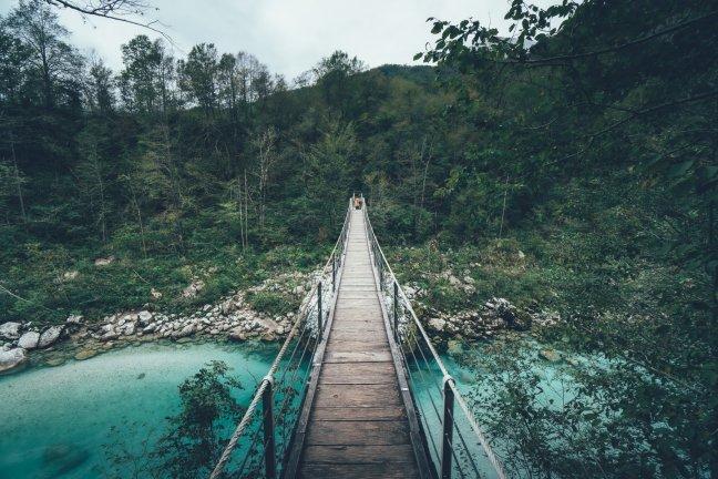 Hängebrücke auf dem Weg zum Wanderung zum Slap Kozjak