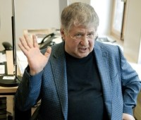 Коломойский согласен, что глава Нацбанка должен остаться, а вот Рожкова - нет