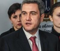 Раненый народный депутат говорит, что в него стреляли из-за денег
