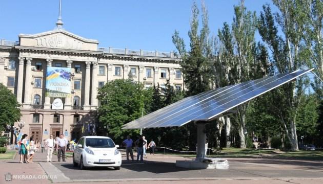 В Украине ежеквартально появляется около 400 солнечных электростанций - эксперт