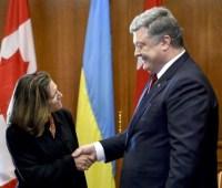 Глава МИД Канады едет на встречу с Порошенко и Зеленским