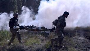 Доба в ООС: окупанти й далі гатять із важкої артилерії, один боєць загинув