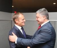 """Туск пригласил Порошенко на встречу """"Восточного партнерства"""" в Брюсселе"""