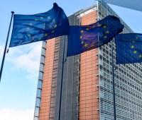 """В Евросоюзе 13 мая обсудят указ Путина о """"паспортизации"""" Донбасса"""