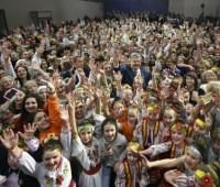 Порошенко в Тернополе присоединился к установлению музыкального рекорда