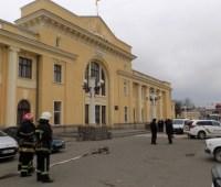 На площади, где планируют вече с Президентом, взрывчатки не нашли