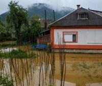Ситуация с наводнением на западе Украины стабилизируется - штаб ГСЧС