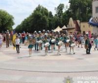 В Харькове состоялся крупнейший парад семей защитников Украины