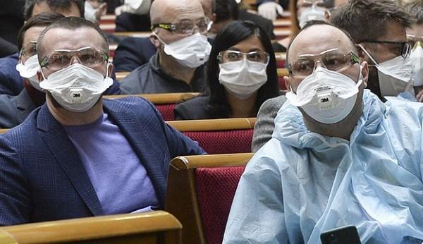 Corona-Massentests, Ärzte im Praxisjahr: Parlament ...
