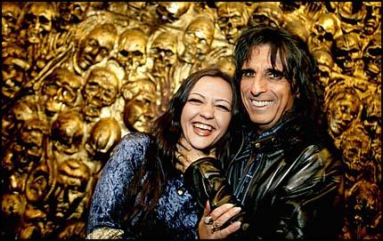 Lise Myhre et Alice Cooper