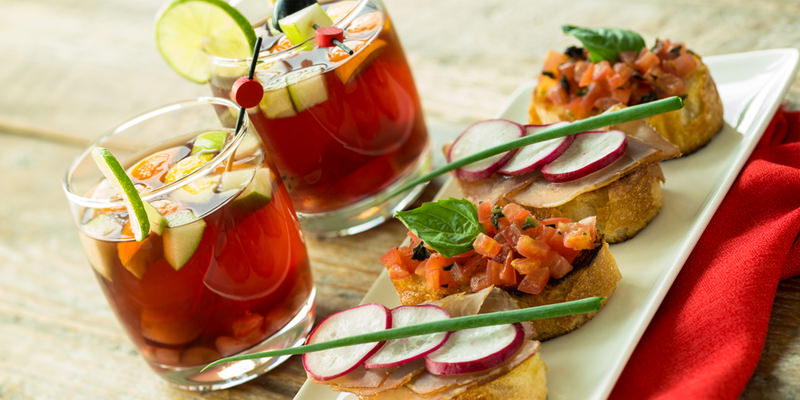 10 Heavenly Appetizer And Cocktail Pairings For The