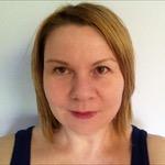 Passport picture of Amy Harrop